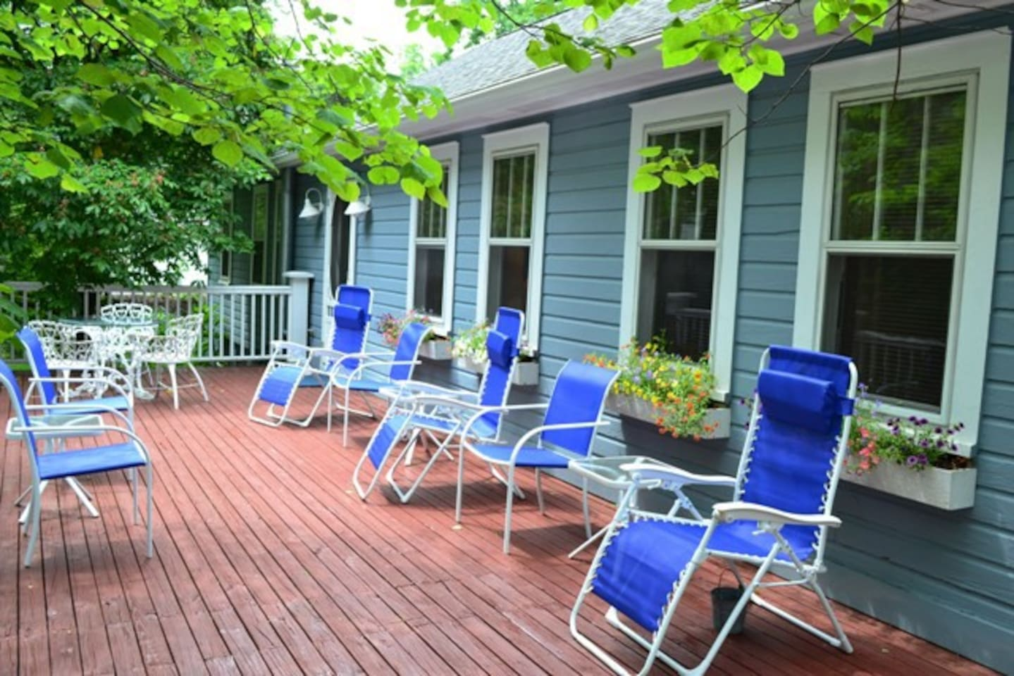 This is the front of the Cottage for all four rooms to share.