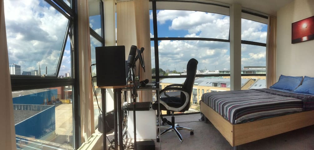 Penthouse Brentford (River Side) - Londen - Appartement