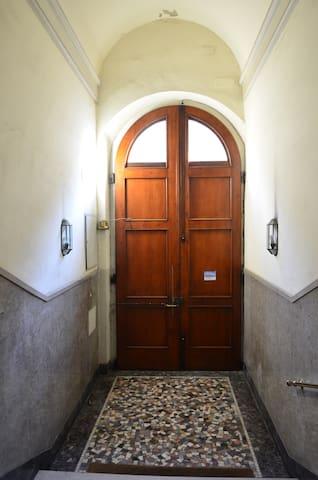 Apartment Column - Florence - Appartement