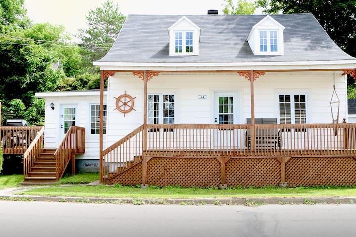 La Blue Casa - Berthier-sur-Mer - Apartemen berlayanan