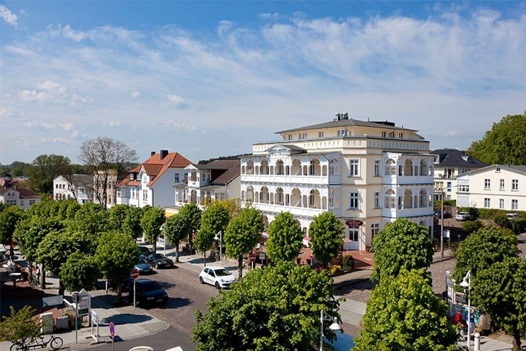Die Hausansicht der Villa Fernsicht im Ostseebad Sellin auf Rügen.