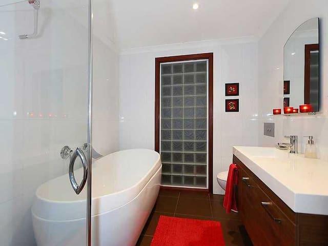 Original Fremantle Home - Beaconsfield - Dům