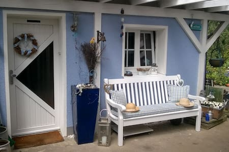 Das blaue Haus - Engelskirchen - Hus