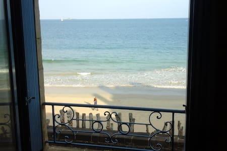 Superbe vue mer et situation exceptionnelle - Apartment