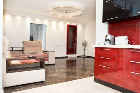 Сдам свою двух комнатную квартиру - Οδησσός - Διαμέρισμα