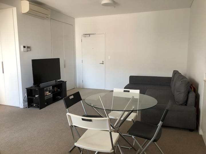 this 2 rooms apartment is perfect for your family