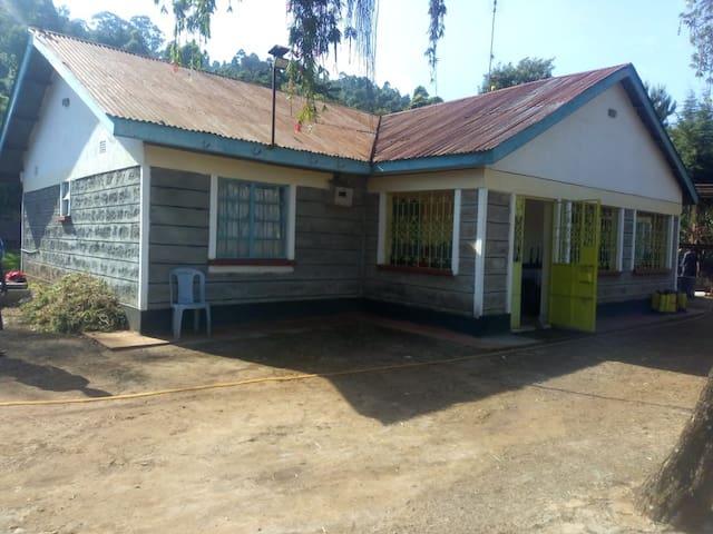 Nyeri Farm House/Aberdares Hike