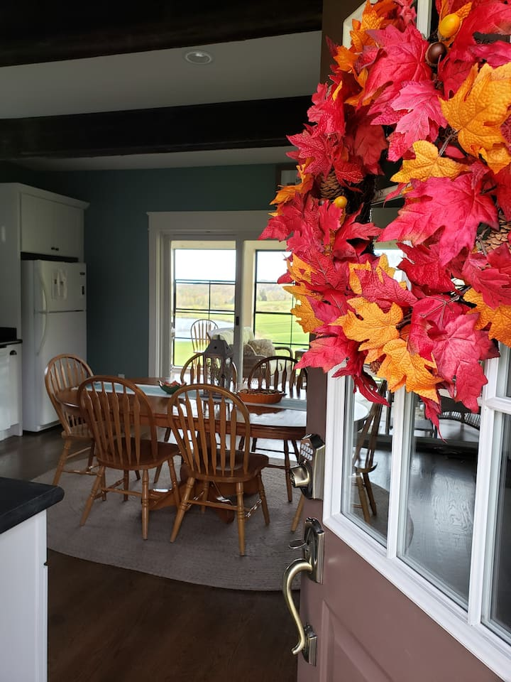 The Farmhouse at Boyds Mills - Country Retreat.