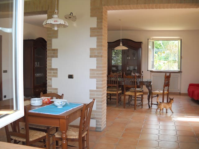 b&b nell'immediata periferia - San Severino Marche - Bed & Breakfast