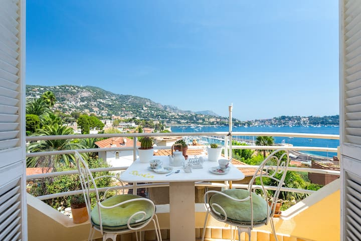 Charming flat, balcony, sea view - Villefranche-sur-Mer - Apartment