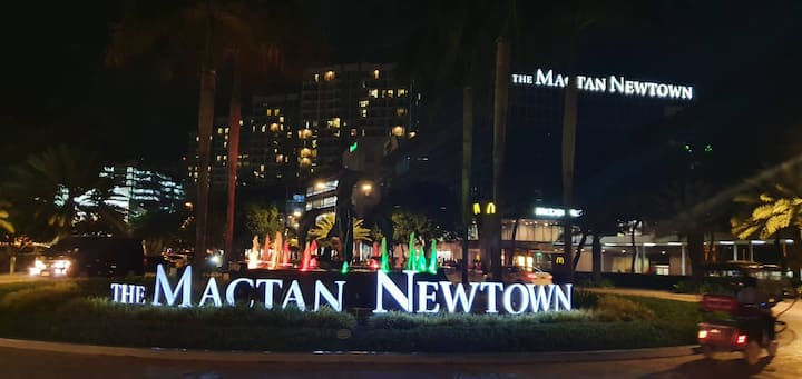 STAY AT A PRIVATE BEDROOM  IN MACTAN NEWTOWN CEBU