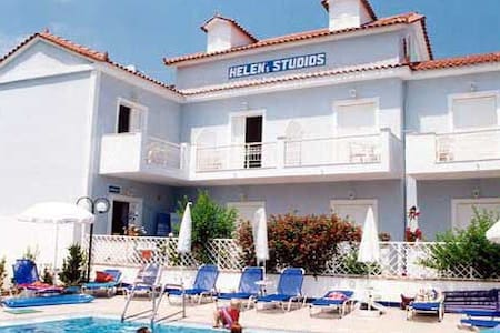 Studios Helen 50m from the sea - Planos