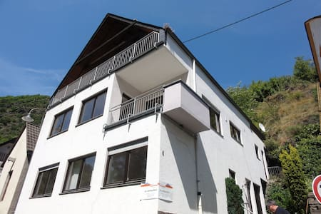 Superb detached Villa  by  Mosel - Moselkern, Rheinland Palatinate