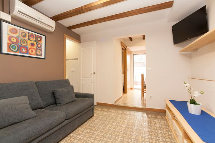Cosy apartment with terrace in Gracia Sant Agustí - Barcelone - Appartement