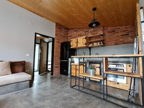 Penthohuse with two bedrooms, Located near beach