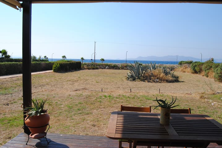 Lovely Beach house, Mesonette, next to the sea!!! - Kos - Wohnung