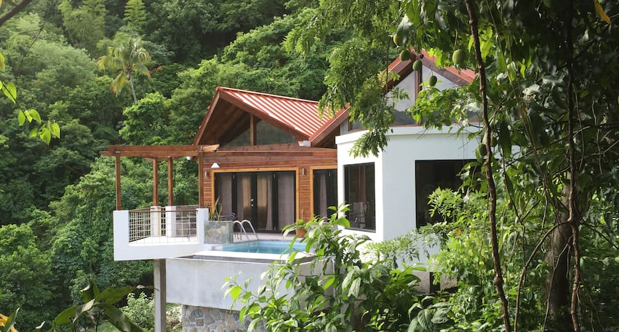 Serrana Villa - Brand New,Close to Everything! Wow - Soufriere - Rumah