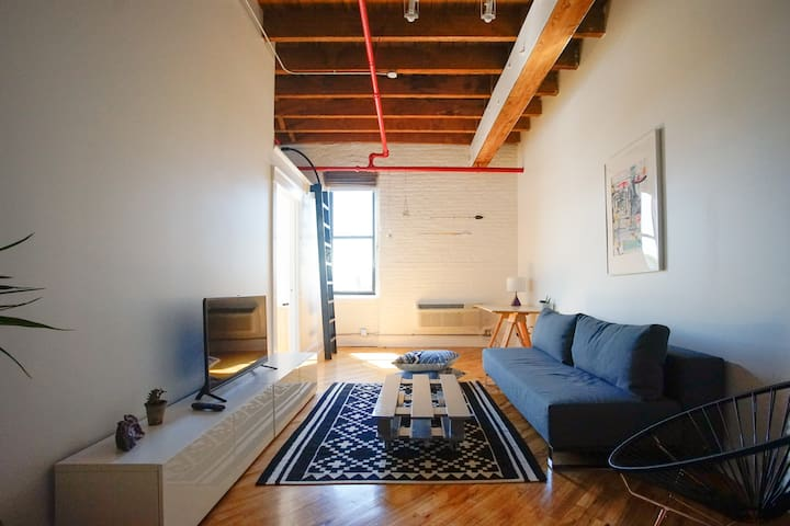 New City View 1BR Loft, Greenpoint