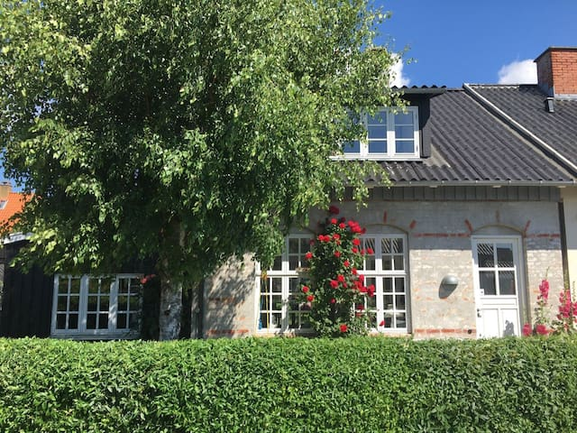Charming townhouse near nature & copenhagen centre