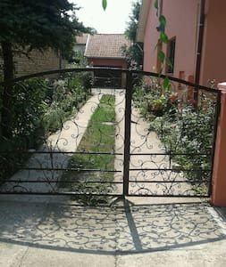 2 Rooms Apartment with kitchen - Zrenjanin - House