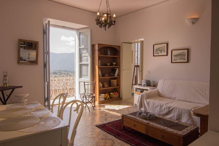 Vicolo Maggiore B&B Alvito - Alvito - Apartamento