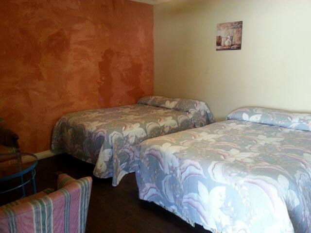 Fully Renovated Vacation aptment 9 - Lake Elsinore - Apartment