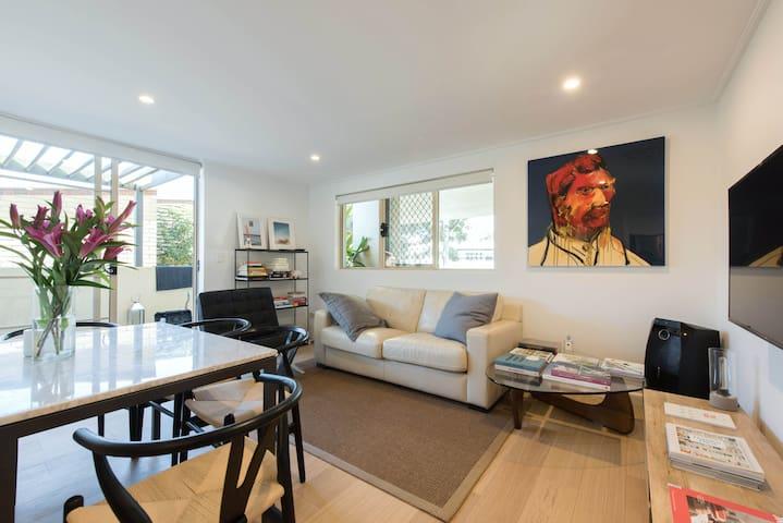 Paddington Barracks - Luxe 2 Bedroom Apartment