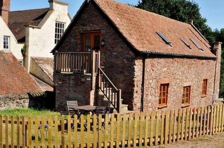 2 bed at foothills of quantocks