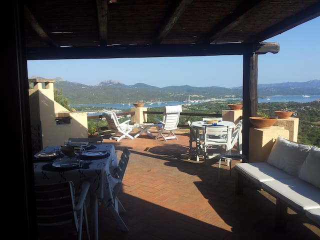 Overlooking Porto Rotondo with pool