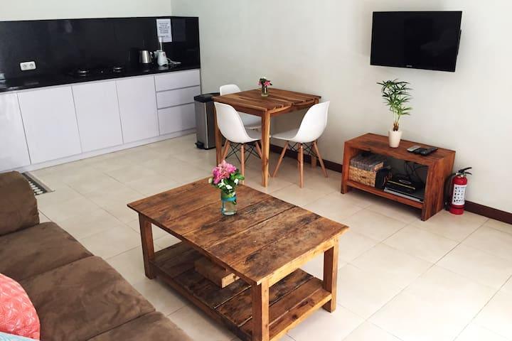 2 BDR House - Gili Trawangan (Rumah Amira)