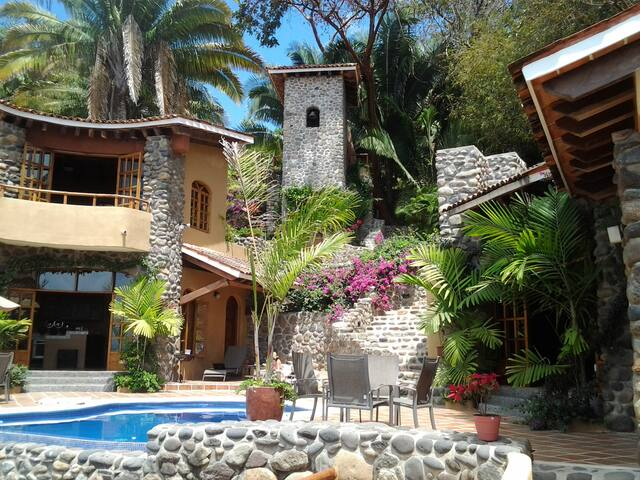 Beautiful Villa in Mexican Village - Chacala - Ev
