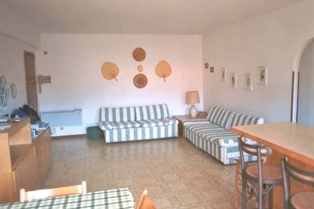 Gracious two rooms large apartment nearby the sea - Marina di Campo - Appartement