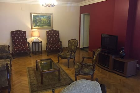 Spacious Apt next to CityStars Mall - Lakás