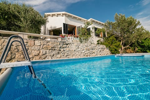 Cottage Ciara with pool and amazing river/sea view