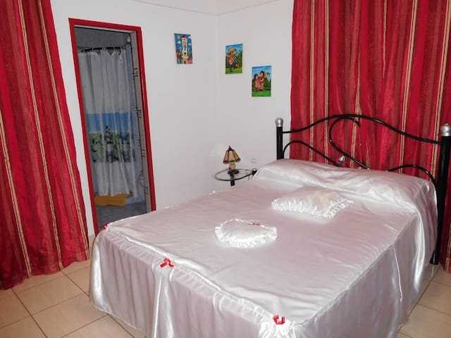 CASA PARTICULAR Villa Manuela - Chambre 2 - Pinar del Río - Bed & Breakfast