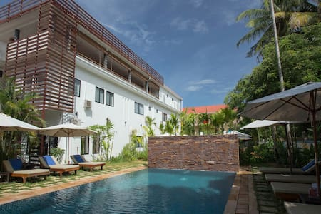 Relaxing Twin Room+ FREE Breakfast+Pick Up - Krong Siem Reap