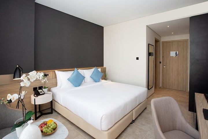 Private Room near the Jumeirah Beach