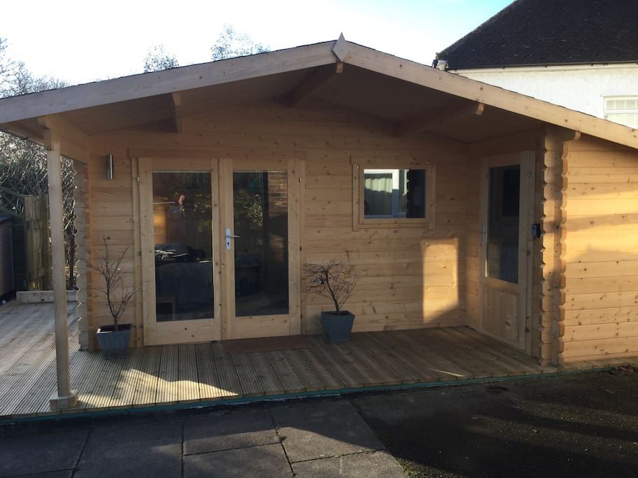 Peaceful retreat in a self contained garden cabin chalet for Self contained cabin