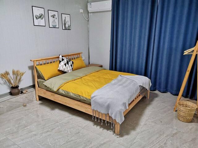 二楼标准双人床