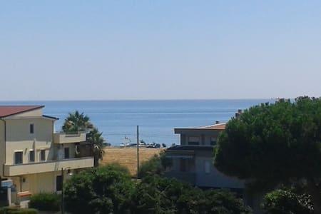Appartamento con vista sul mare - Amendolara Marina