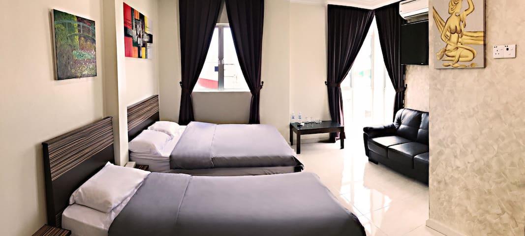 Premium Room (301) @ Kwong Meng Hostel . INN