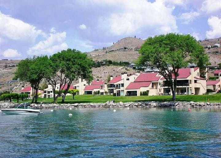 Lake Chelan Shores  Best deal!  2FREE nights!!