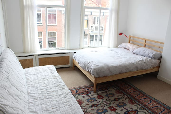 Cozy flat in the best street of the Hague - Den Haag