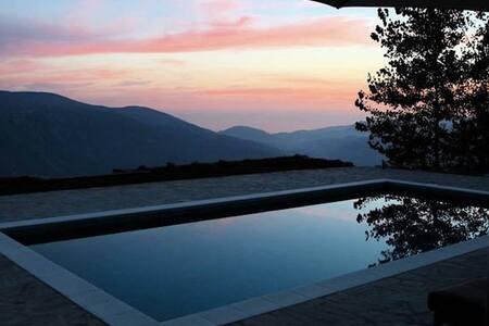 Stunning view, pool, relaxing nature (Ensuite 2) - Soportújar - ที่พักพร้อมอาหารเช้า