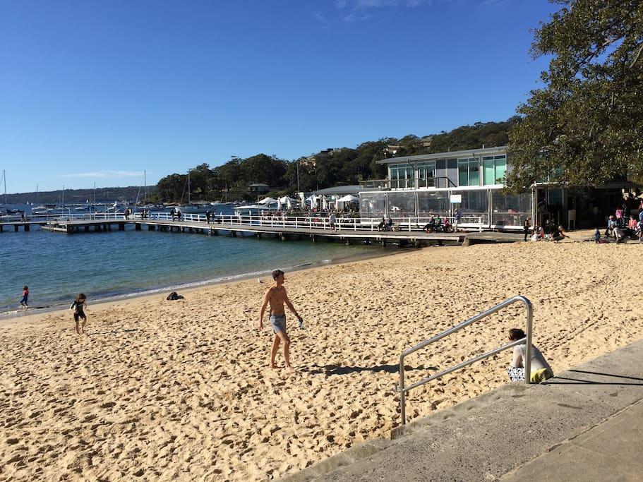 Balmoral beach is just 5-10 mins away