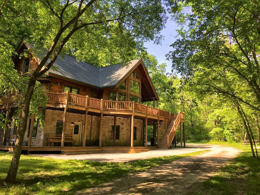 Cabin vacation home on 42 acres houses for rent in metamora indiana united states Home furniture rental indiana