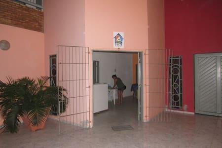 Delta Hostel - Quartos coletivos e privativos! - Parnaíba