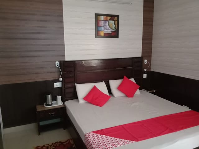 Deluxe Room( Panorama Home Stay )