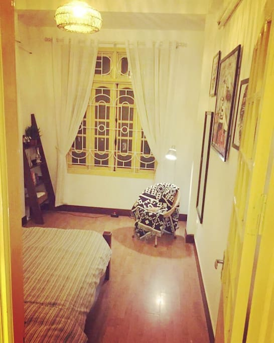 Its the Yellow room
