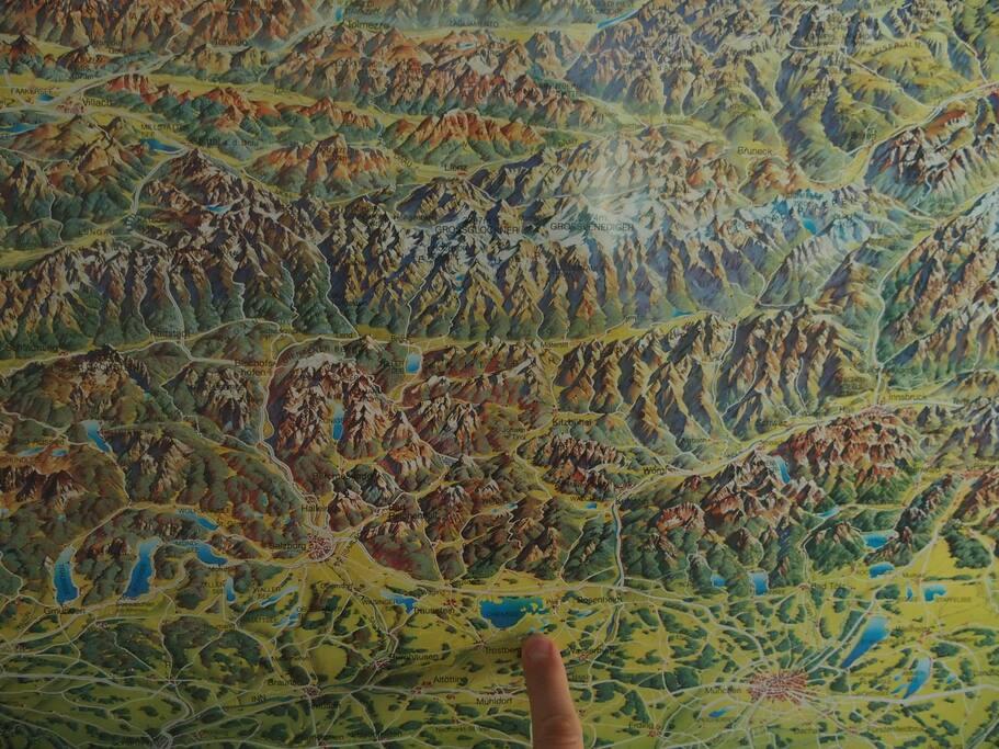 Die wunderschöne Alpen sind nur wenige Km entfernt (Aschau 12 Km; Marquartstein 16 Km; Reit im Winkl 30 Km)